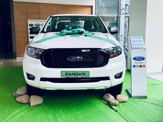 Bán xe Ford Ranger XLS MT - AT 2021, giảm tiền mặt và tặng option chính hãng