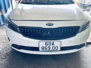 Bán xe Kia Cerato 1.6AT năm sản xuất 2017