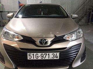 Cần bán lại xe Toyota Vios năm 2019, màu vàng, giá chỉ 425 triệu