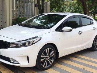 Bán Kia Cerato đời 2017, màu trắng, xe chính chủ