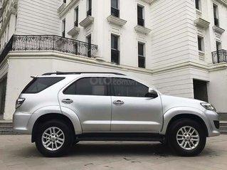 Bán Toyota Fortuner đời 2012, màu bạc