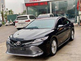 Cần bán lại xe Toyota Camry năm sản xuất 2019, màu đen, nhập khẩu giá cạnh tranh
