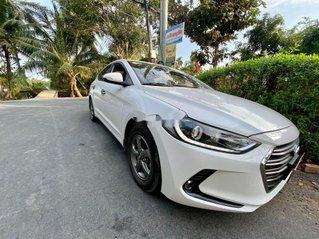 Xe Hyundai Elantra năm sản xuất 2017, giá cạnh tranh