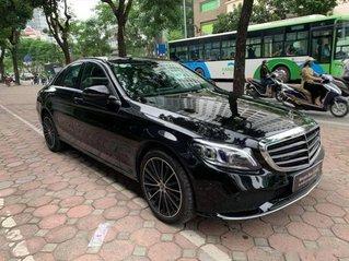 Cần bán gấp Mercedes C200 Exclusive sản xuất 2020, màu đen