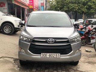 Cần bán nhanh chiếc Toyota Innova 2.0E MT sx 2017