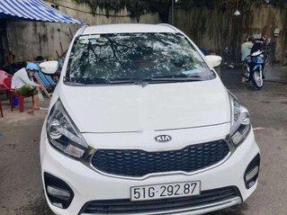 Bán ô tô Kia Rondo sản xuất năm 2017, màu trắng, xe nhập, giá tốt