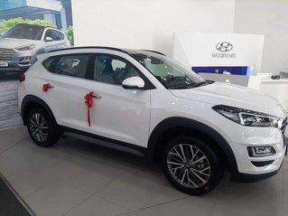 Bán ô tô Hyundai Tucson năm 2020, màu trắng, nhập khẩu