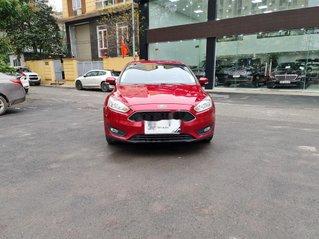 Cần bán xe Ford Focus đời 2018, màu đỏ