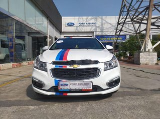 Cần bán gấp Chevrolet Cruze sản xuất năm 2018, màu trắng