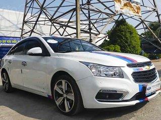 Cần bán Chevrolet Cruze năm sản xuất 2018, màu trắng còn mới, giá chỉ 389 triệu