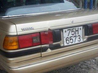 Xe Toyota Corona sản xuất 1986, nhập khẩu nguyên chiếc số sàn, giá chỉ 50 triệu