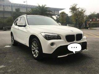 Bán xe BMW X1 năm sản xuất 2010, màu trắng, nhập khẩu nguyên chiếc