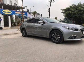 Cần bán gấp Mazda 3 năm sản xuất 2016, màu bạc còn mới