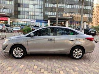 Cần bán gấp Toyota Vios sản xuất 2019, màu bạc, giá tốt