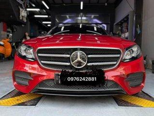 Cần bán Mercedes E300 AMG đời 2020, màu đỏ, giá cả hấp dẫn