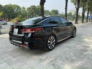 Cần bán gấp Kia Optima đời 2017, màu đen