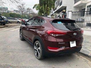 Cần bán Hyundai Tucson đời 2018, màu đỏ chính chủ