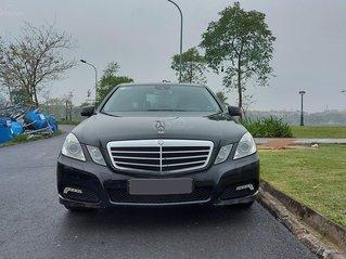 Xe chính chủ bán Mercedes E250 CGI sản xuất 2010, màu đen nội thất đen sang trọng