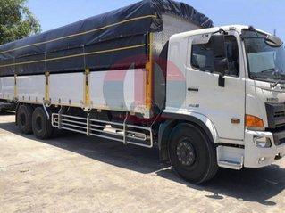 Xe tải Hino FL 15 tấn thùng dài 9m5 trả trước 450 triệu nhận xe