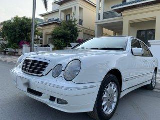 Bán cần bán Mercedes E240 sản xuất 2003, giá chỉ 195 triệu