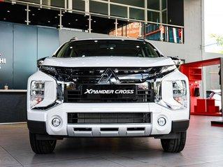 Xpander Cross trắng giá 670tr, trả góp và hỗ trợ 50% phí trước bạ