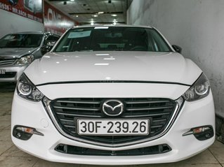 Bán Mazda 3 FaceLift  hatchback đời 2017, biển vip