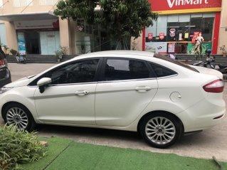 Bán xe Ford Fiesta AT sản xuất năm 2017