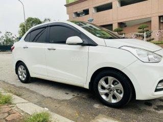 Bán ô tô Hyundai Grand i10 đời 2018 chính chủ, giá 320tr