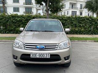 Gia đình bán xe Ford Escape XLT 2.3L - 4x2 AT xe chính chủ cần lên đời nên bán nhanh