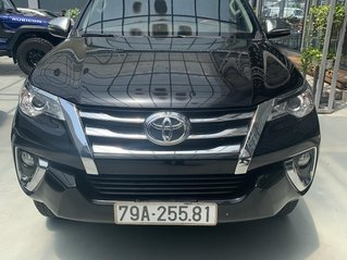 Bán Toyota Fortuner 2.7 V 4X2 AT sản xuất 2019