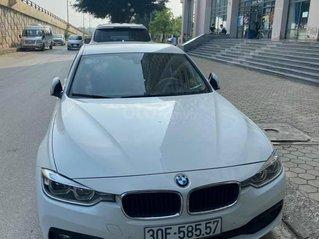 Xe BMW 3 Series đời 2018, màu trắng