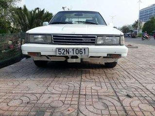 Cần bán gấp Toyota Camry đời 1987, màu trắng, nhập khẩu