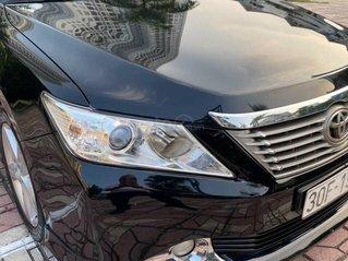 Cần bán Toyota Camry 2.5Q sản xuất 2014