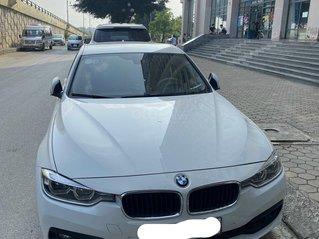 Cần bán BMW 3 Series 320i năm sản xuất 2018