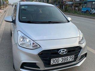 Cần bán lại xe Hyundai Grand i10 2018, màu bạc, giá 298tr