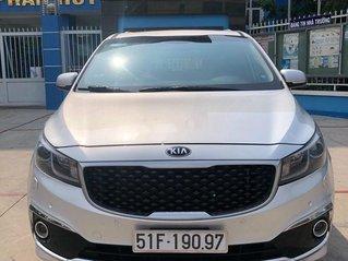 Bán Kia Sedona đời 2015, màu bạc, xe chính chủ