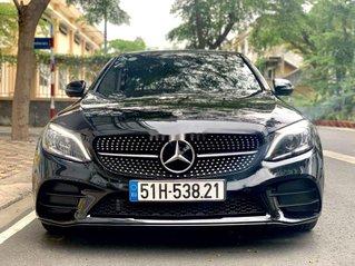 Cần bán gấp Mercedes C class sản xuất năm 2019 còn mới