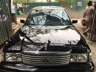 Cần bán lại xe Toyota Crown đời 1994, màu đen, nhập khẩu
