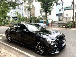 Cần bán xe Mercedes C300 năm 2020 chính chủ