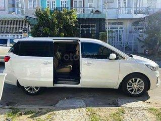 Cần bán Kia Sedona năm 2019, màu trắng, xe nhập