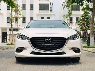 Bán Mazda 3 FL năm 2017, màu trắng