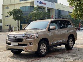 Bán Toyota Land Cruiser nhập khẩu chính chủ nữ doanh nhân
