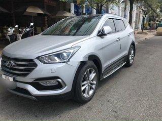 Bán Hyundai Santa Fe sản xuất năm 2017, nhập khẩu nguyên chiếc còn mới, giá tốt