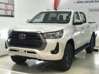 Bán nhanh Toyota Hilux số tự động, giá tốt tại HCM