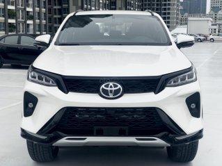 Toyota Fortuner Legender 2021, đủ màu, giao ngay, 395tr có xe