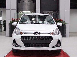 Cần bán Hyundai Grand i10 đời 2021, màu trắng