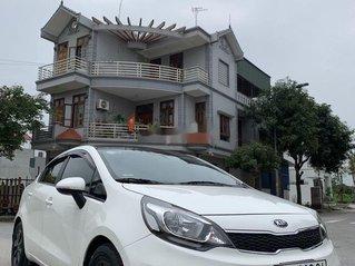 Bán Kia Rio AT đời 2017, màu trắng, nhập khẩu nguyên chiếc số tự động, giá chỉ 465 triệu