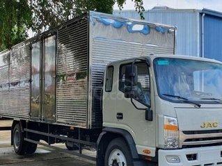 Cần bán xe JAC N800 thùng hàng dài 7.6 mét, đời 2021, màu trắng, trả trước 200 triệu