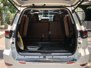 Cần bán gấp Toyota Fortuner sản xuất 2017, nhập khẩu nguyên chiếc còn mới
