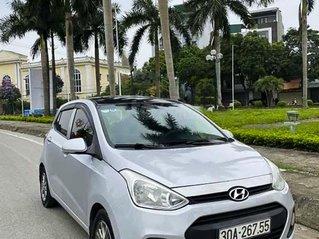 Cần bán lại xe Hyundai Grand i10 đời 2014, màu bạc, nhập khẩu nguyên chiếc, giá chỉ 235 triệu